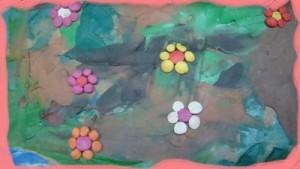 Разноцветная лужайка своими руками.